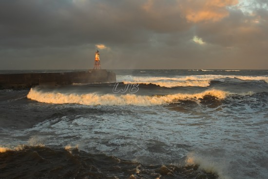 Amble North Breakwater Light